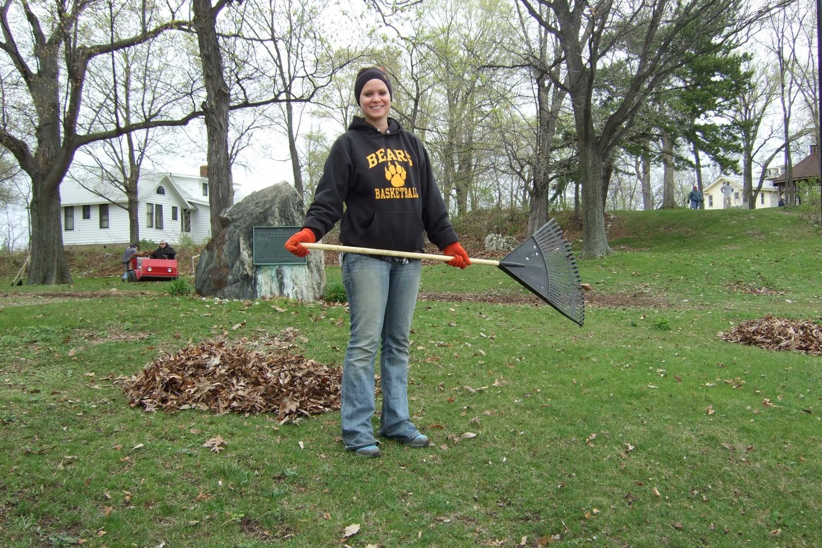 Work Weekend Leaf Raking